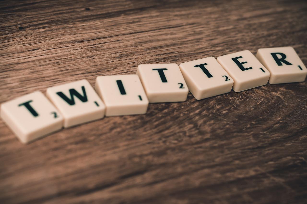 Poderá o Twitter prever o comportamento de um produto?