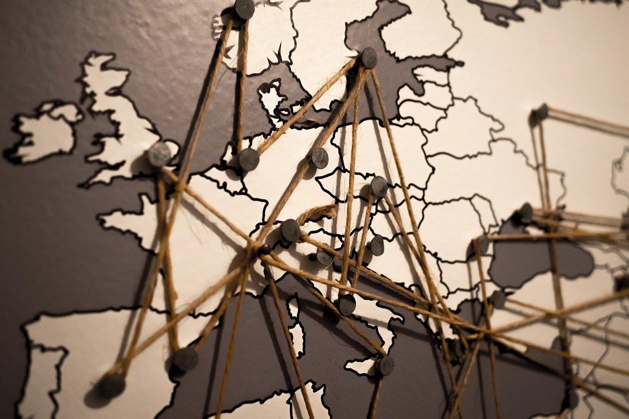Evolução do PIB e do consumo em Portugal face à média europeia